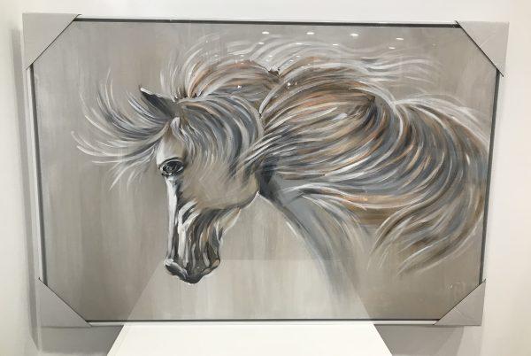 Toile-cheval-blanc-crinière-mouvement-Maison-et-Cadeaux-scaled.jpg