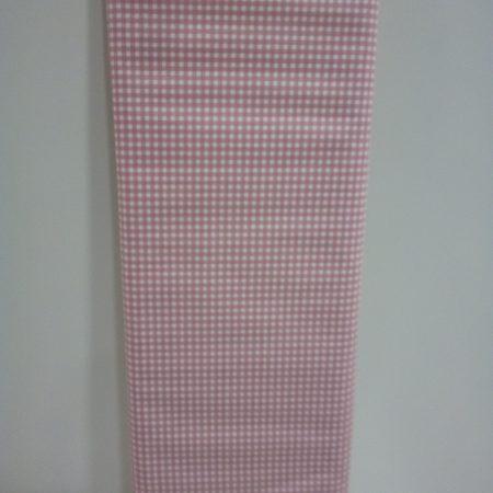 tissu-rose-vichy-maison-et-cadeaux