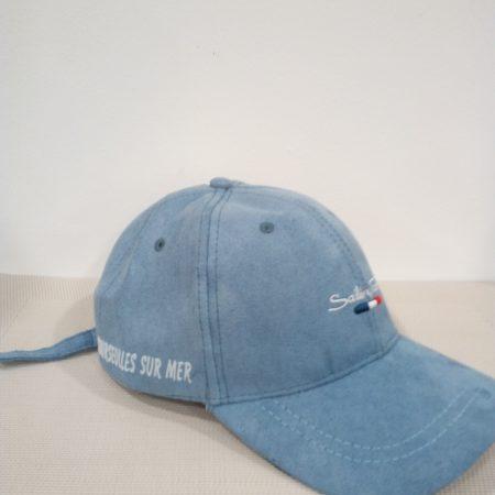 casquette-bleu-clair-maison-et-cadeaux