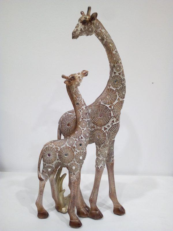 girafe-couple-maison-et-cadeaux