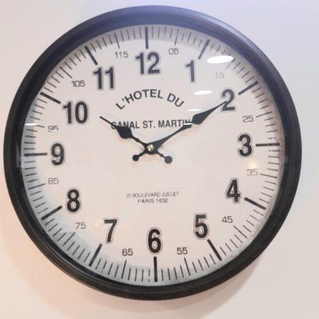 horloge-retro-noir-maison-et-cadeaux-scaled.jpg